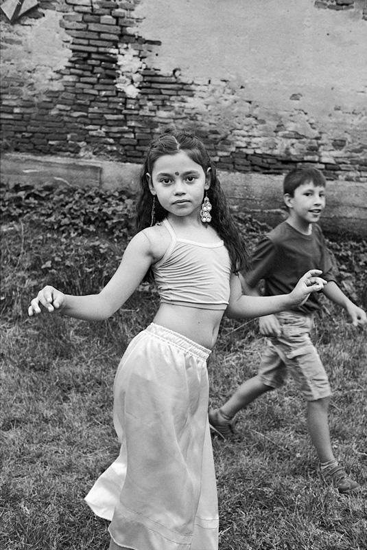 © Christine Turnauer – Ramona dancing, Romania, 2016