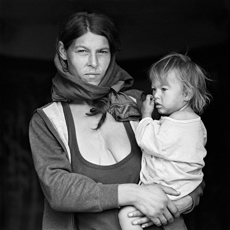 © Christine Turnauer – Vandana and Alexandra, Romania, 2016