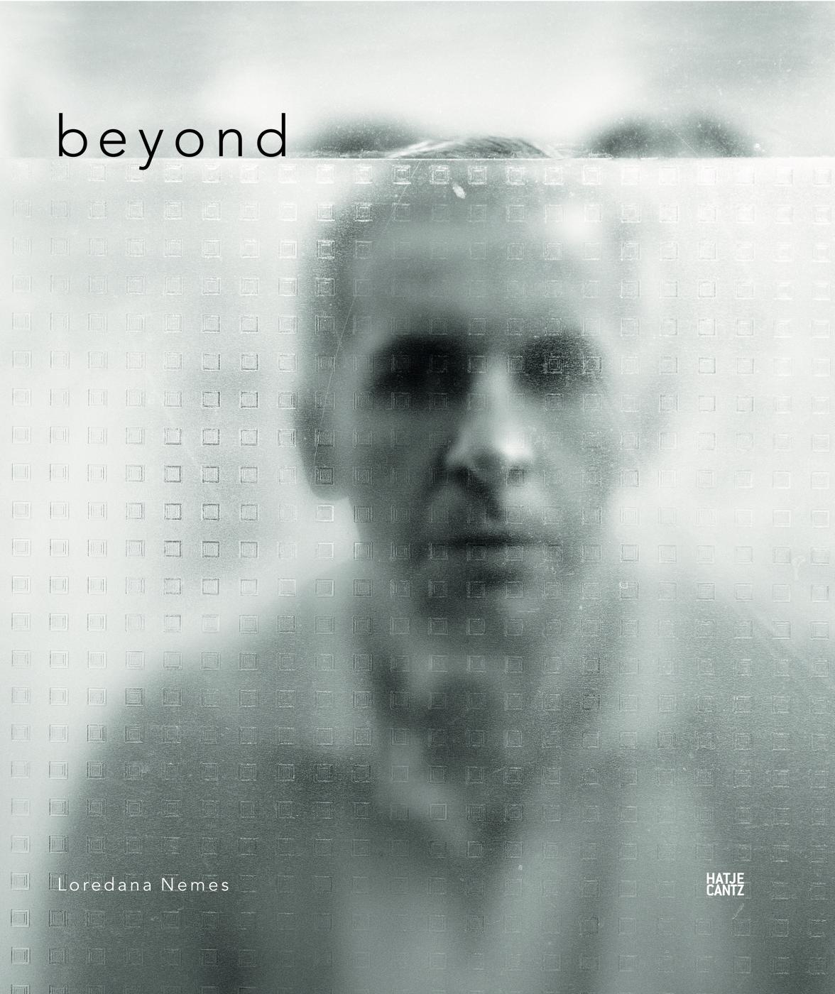 beyond – Loredana Nemes, ISBN 978-3-7757-2697-9