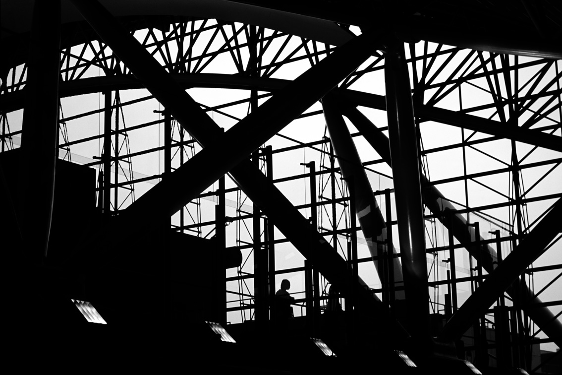 ©Wei-Ming Yuan, Osaka Airport, 2008