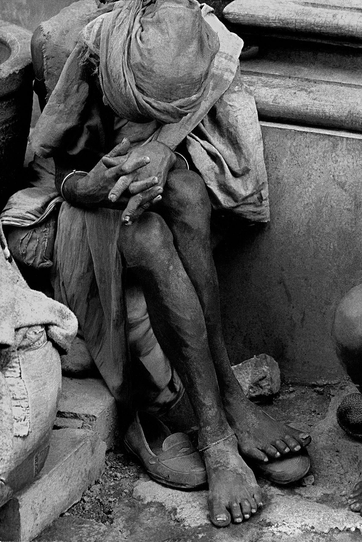 © Frank Horvat – Beggar (a) Calcutta, India, 1962, Courtesy KLV Art Projects